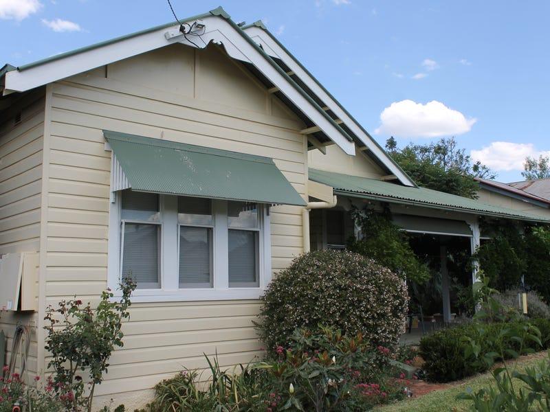3 Caermarthen Street, Manilla, NSW 2346