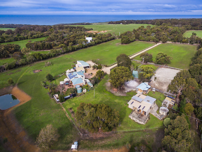 115 Bells Road, Bells Beach, Vic 3228