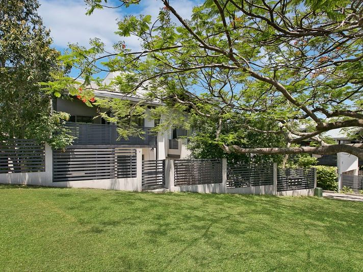 4/82 Clarence Road, Indooroopilly, Qld 4068
