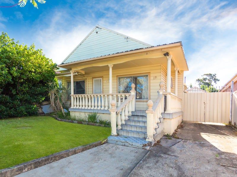10  Lascelles Avenue, Greenacre, NSW 2190