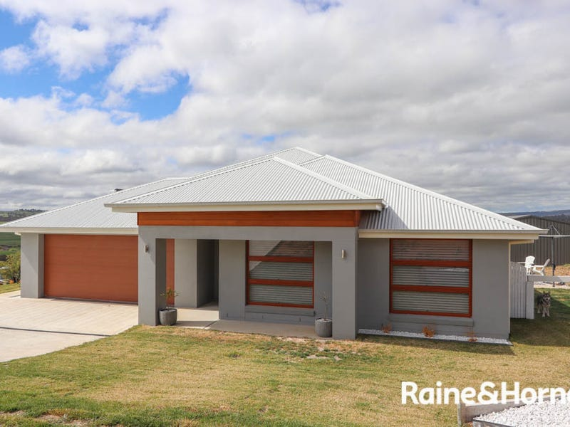 9 Croft Close, The Lagoon, NSW 2795