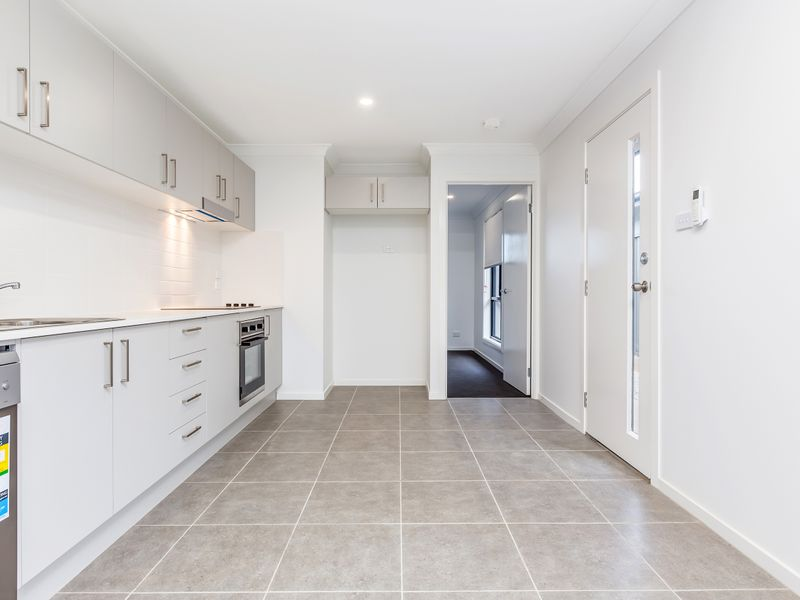 18a Santa Fe Close, Cameron Park, NSW 2285