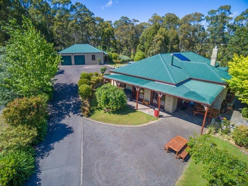 4 Algona Ave, Round Hill, Tas 7320