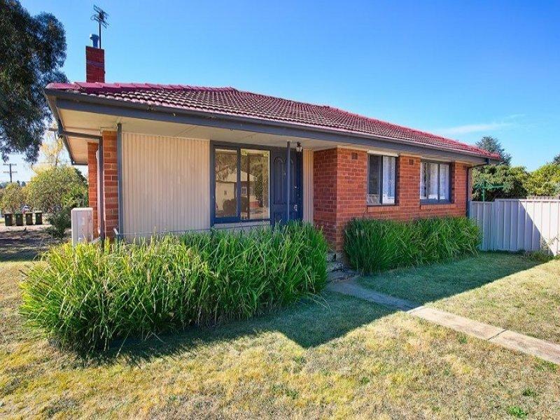 29 Lawson Crescent, Orange, NSW 2800