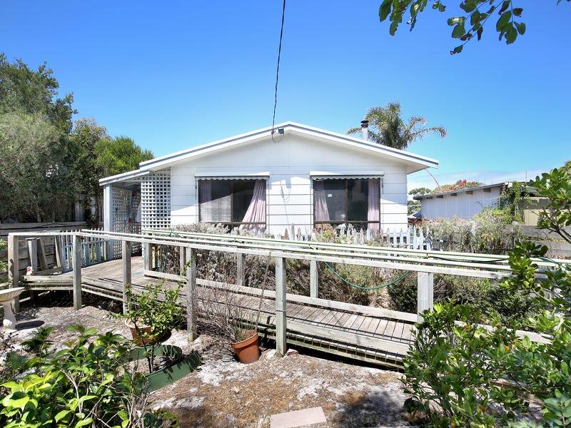 25 Anglers Road, Cape Paterson, Vic 3995