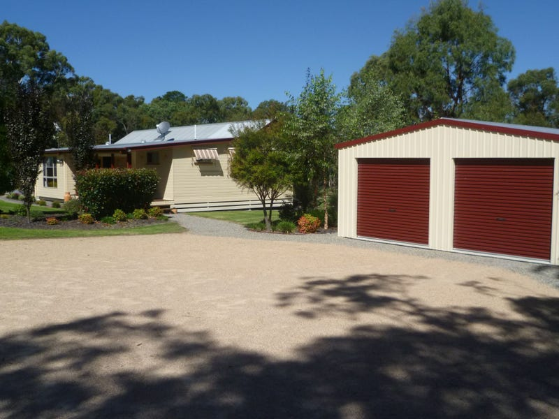 261 Whiskey Gully Road, Severnlea, Qld 4380