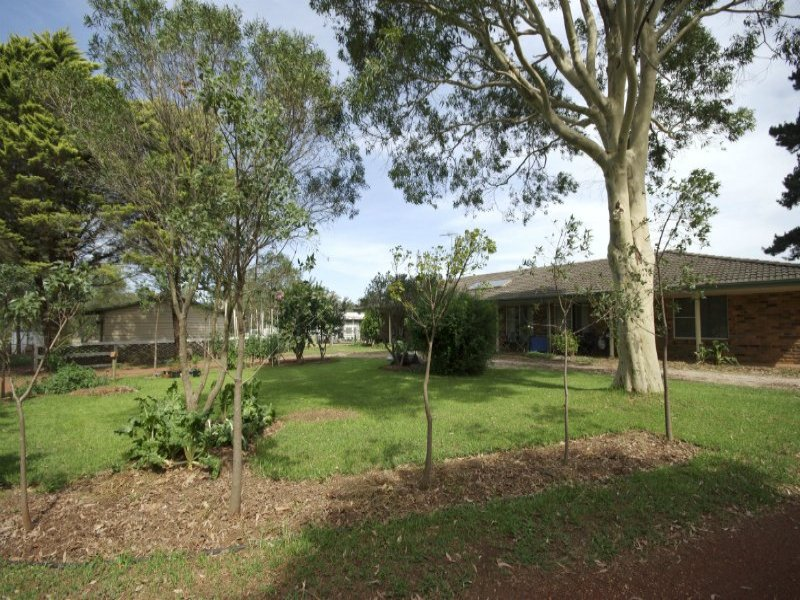 35 Waterfall Creek Road, The Oaks, NSW 2570
