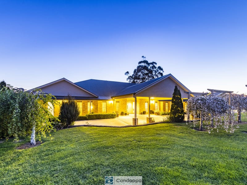 9 Oxley Court, Drouin, Vic 3818