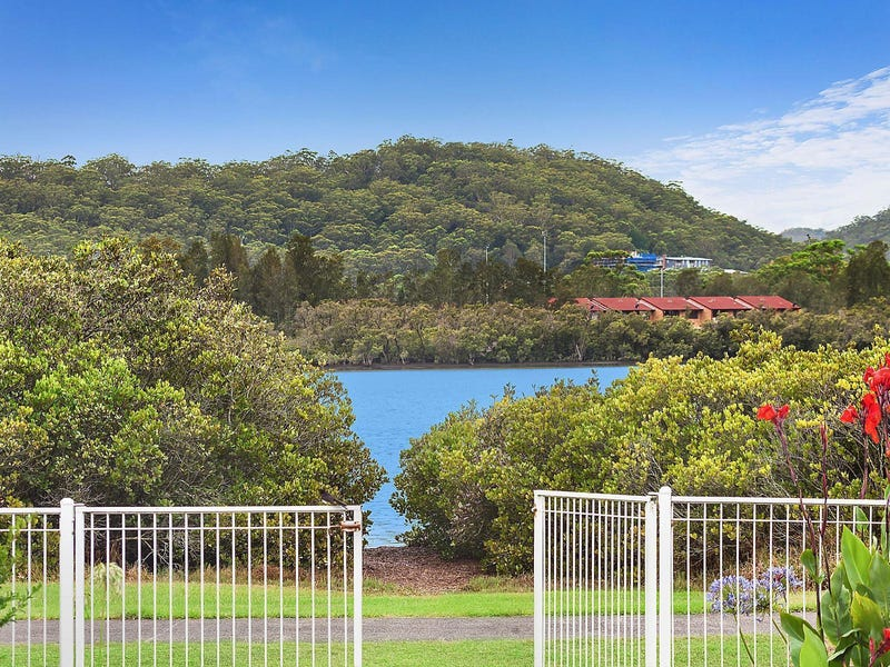 37 Bayline Drive, Point Clare, NSW 2250