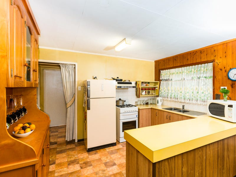 3 Dale Street, Crows Nest, Qld 4355