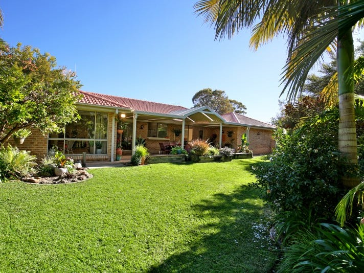 17 Cronin Place, Callala Bay, NSW 2540