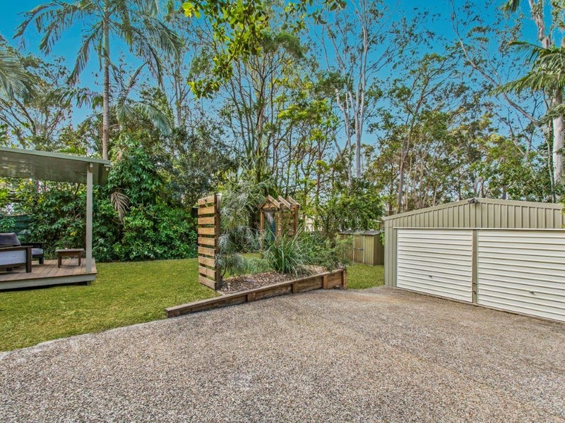 25 Pines Ave, Cooroibah, Qld 4565