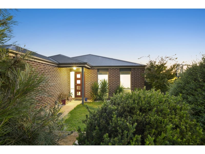 70 Parkedge Circuit, Rosebud, Vic 3939