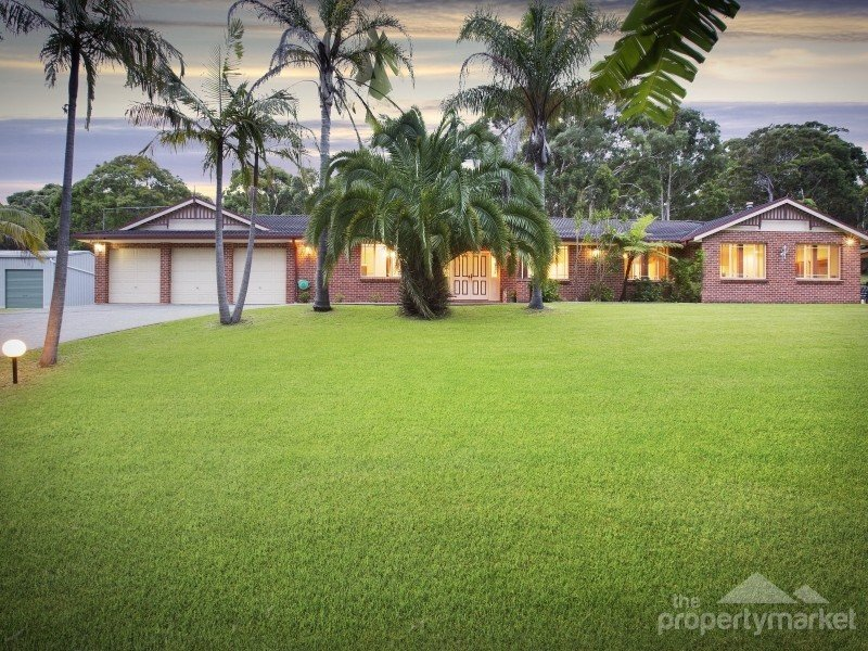 12 Larapinta Drive, Wyee Point, NSW 2259
