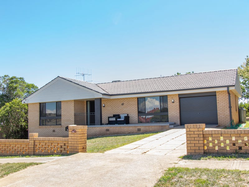 47 EAST STREET, Grenfell, NSW 2810