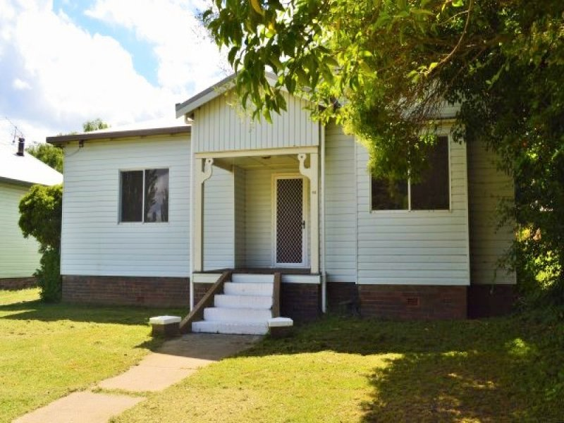 65 Malpas Street, Guyra, NSW 2365