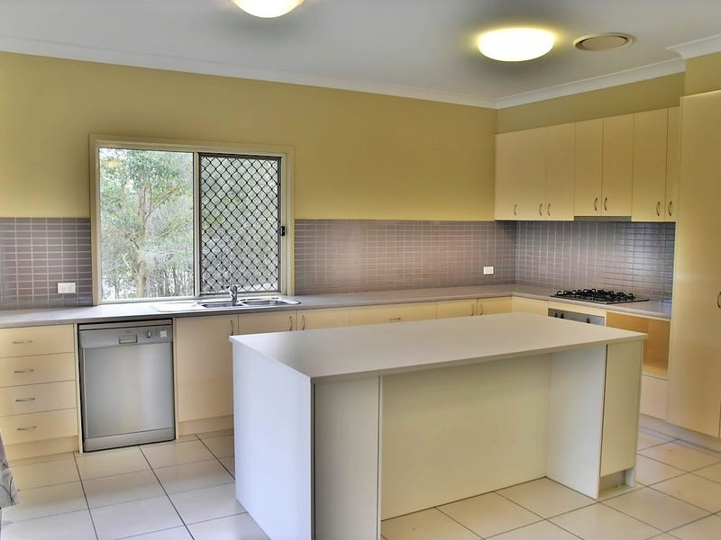 2 Yarraman Chase, Waterford, Qld 4133