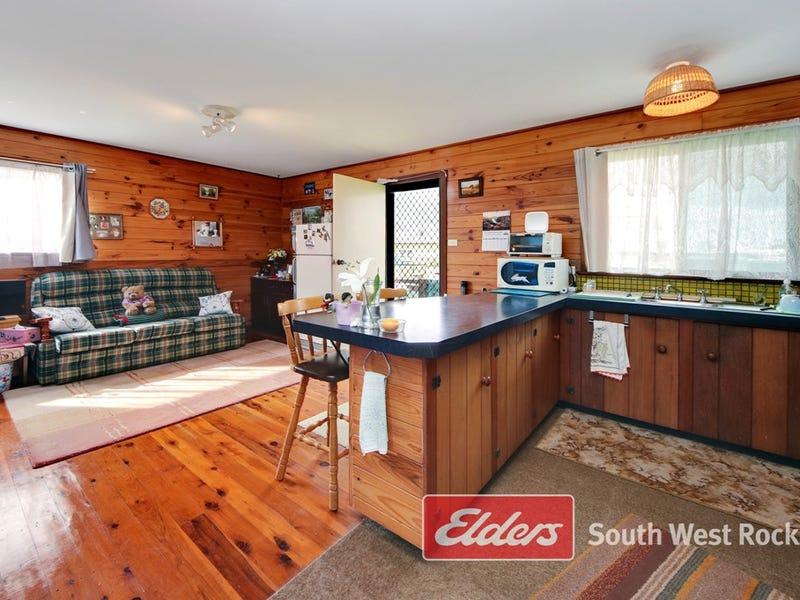 5 Holy Lane, Smithtown, NSW 2440