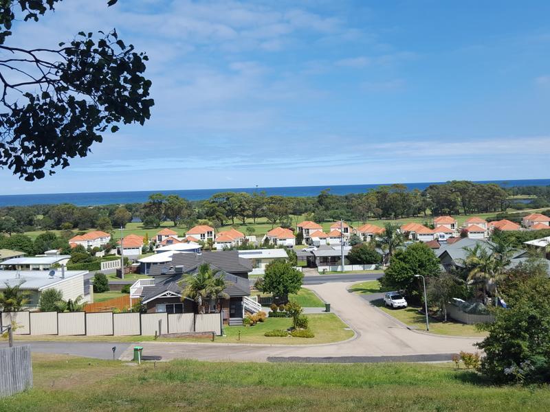 6 Moorabinda Court, Lakes Entrance, Vic 3909