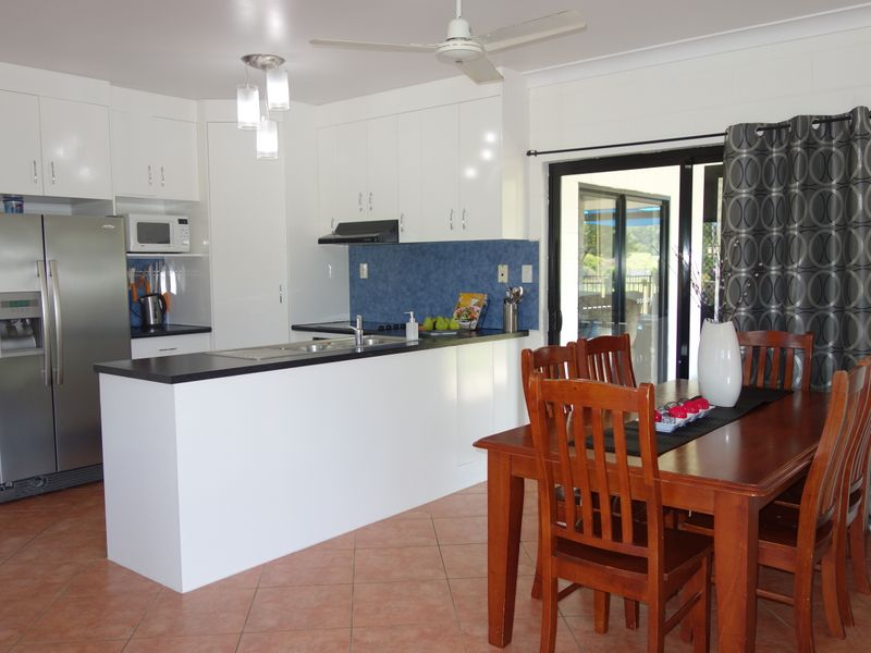 2 Corbett Close, Bulgun, Qld 4854