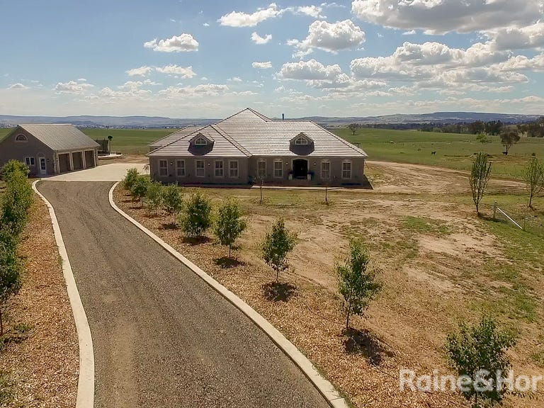 77 Fleming Drive, Laffing Waters, NSW 2795