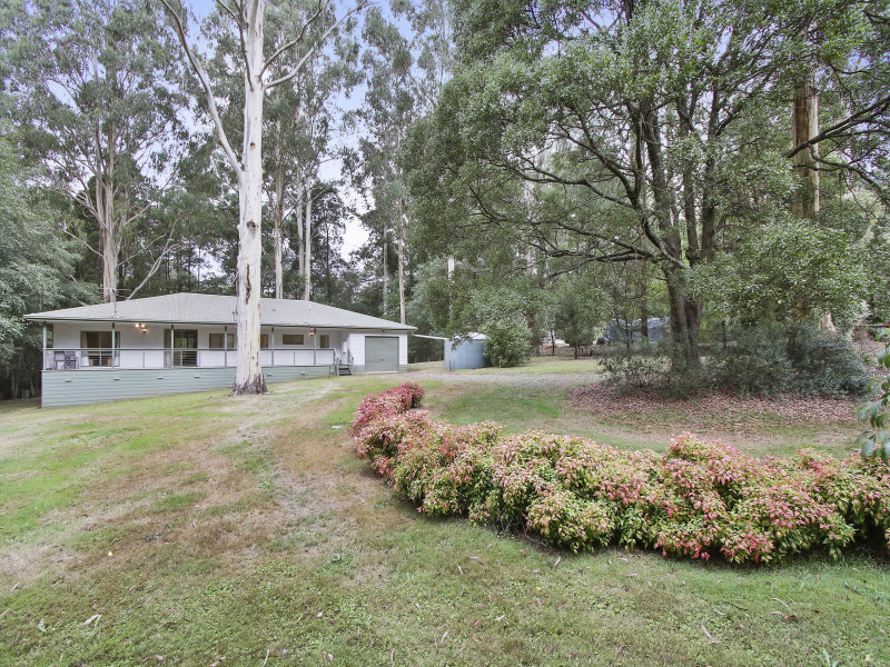30 Silvergum Street, Big Pats Creek, Vic 3799