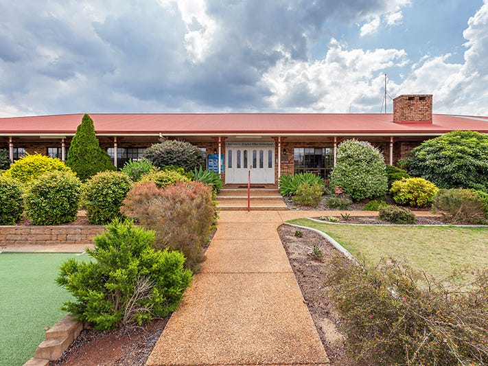 111 Drayton Road, Toowoomba City, Qld 4350