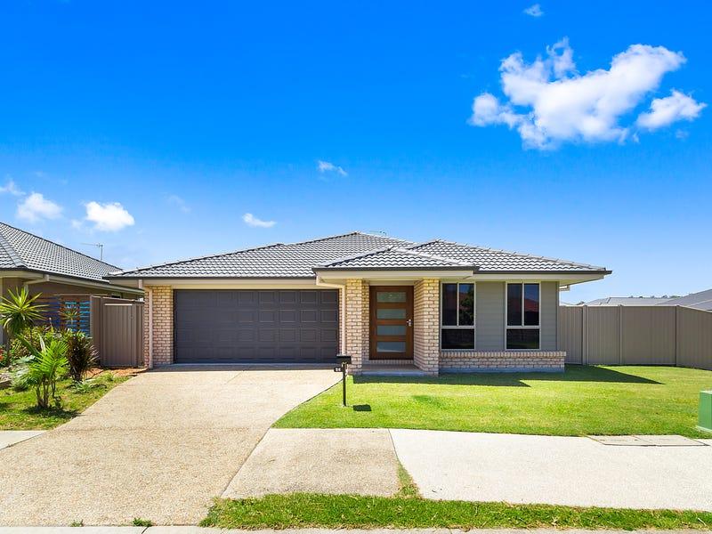 26 Seabreeze Boulevard, Pottsville, NSW 2489
