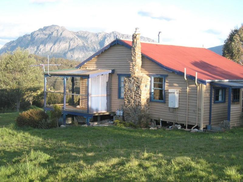 50 Bullocks Road, Staverton, Tas 7306