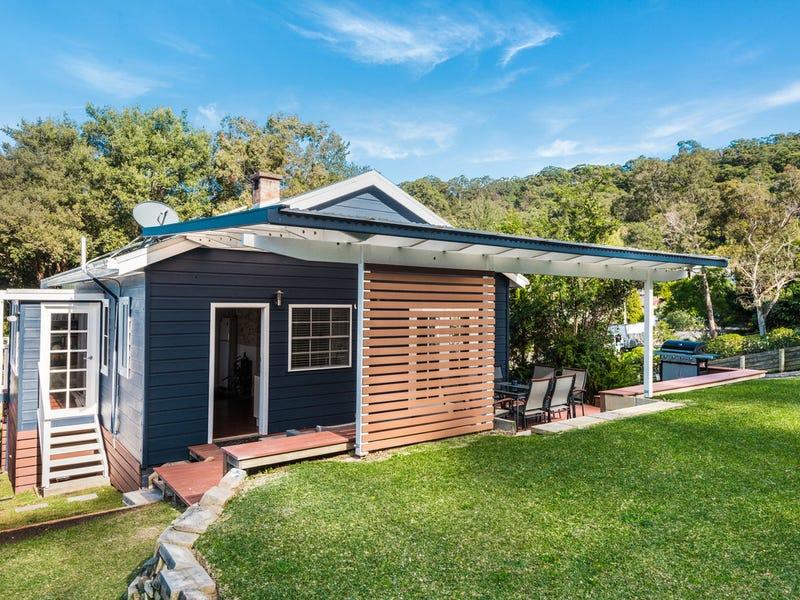 17 Scott Street, Point Clare, NSW 2250
