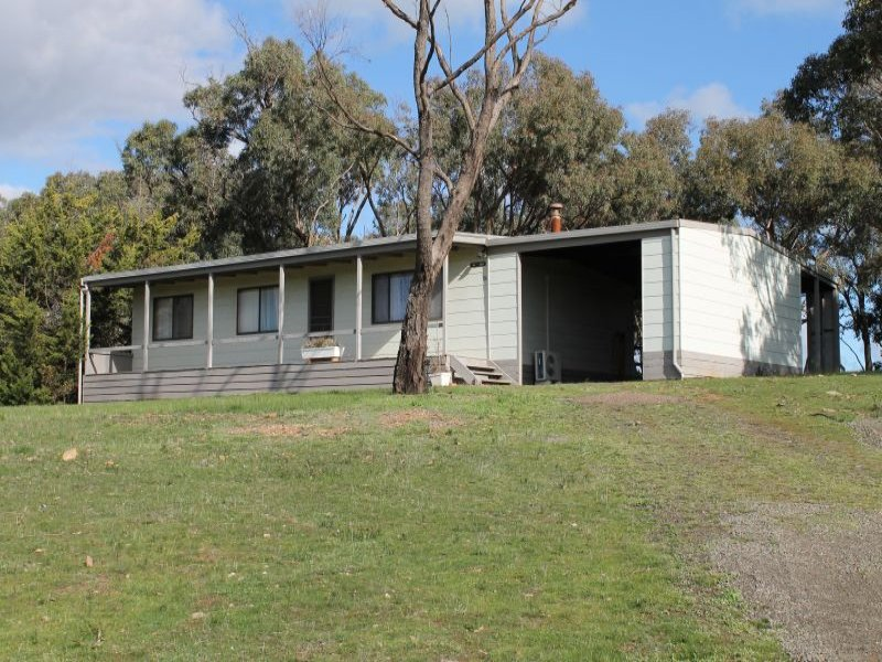 49  Palling Rd, Heathcote South, Vic 3523