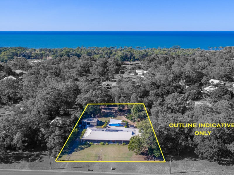 6 Kingfisher Crescent, Moore Park Beach, Qld 4670