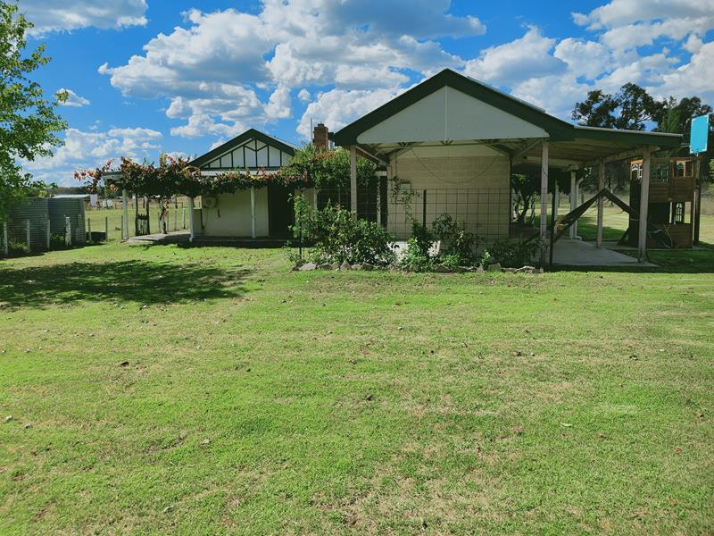 496 Texas Road, Stanthorpe, Qld 4380