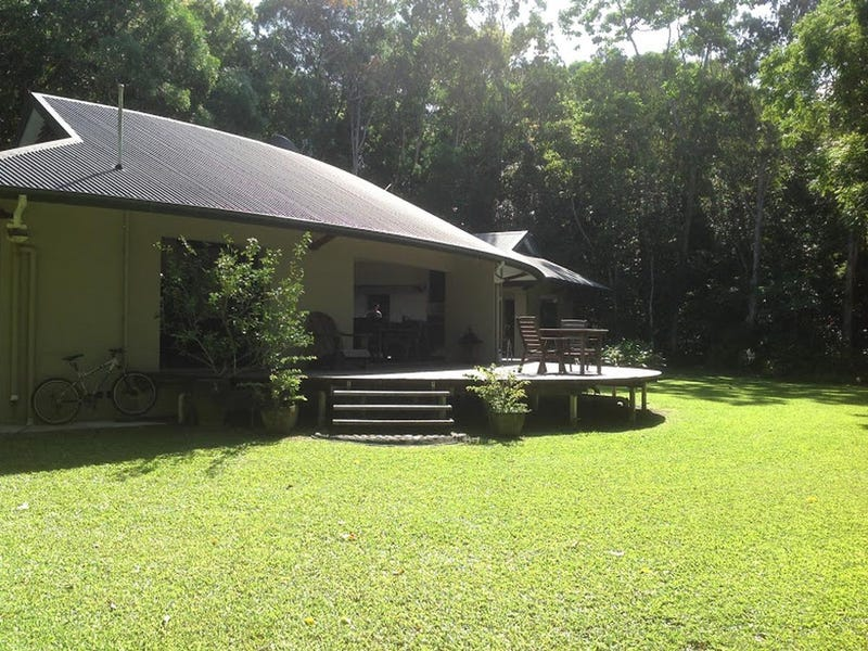 2574 Rossville Bloomfield Road, Bloomfield, Qld 4895