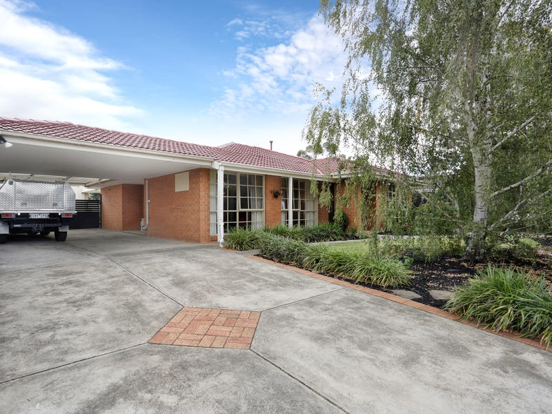 120 Windermere Drive, Ferntree Gully, Vic 3156