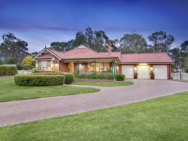 102 Willeroo Drive, Windsor Downs, NSW 2756