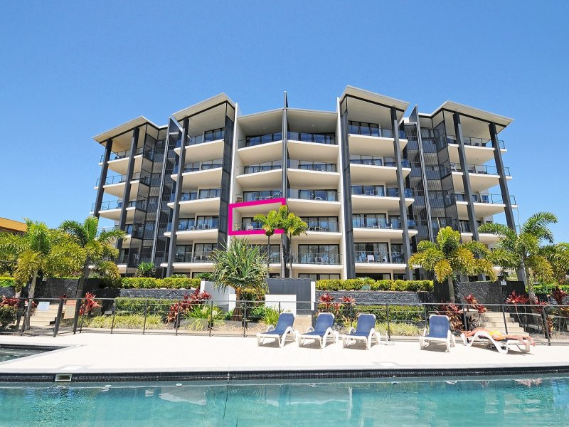 Unit 16 'The Bay'/37 Esplanade, Scarness, Qld 4655