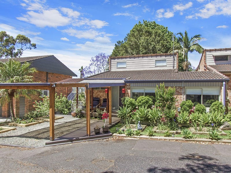 2/156a Brisbane Water Drive, Point Clare, NSW 2250