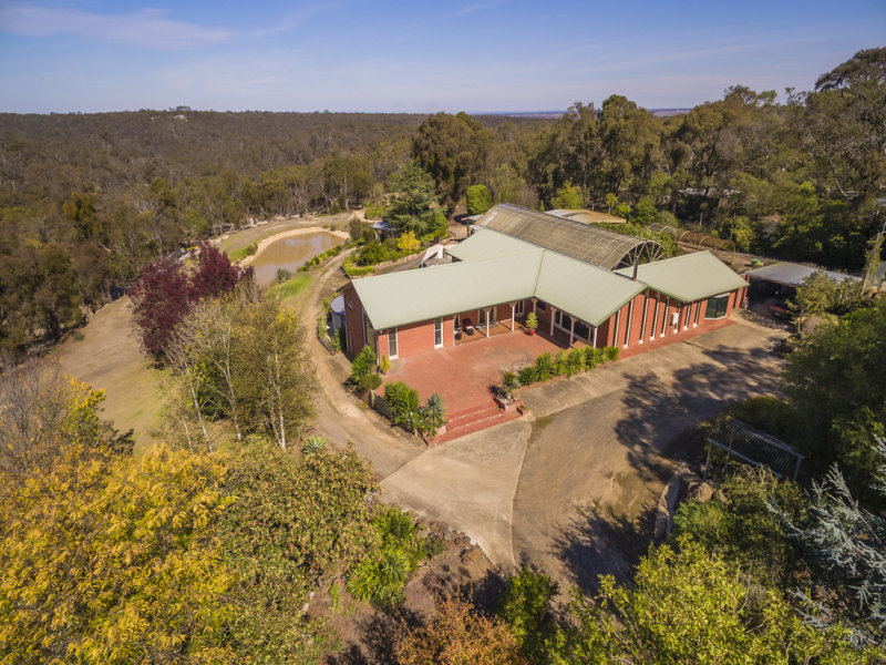 563 De Motts Road, Anakie, Vic 3213
