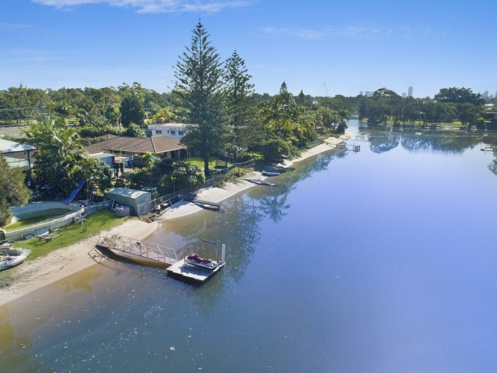 49 Bermuda Street, Broadbeach Waters, Qld 4218