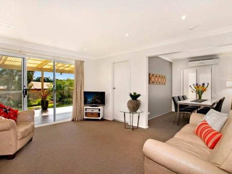 22 Ian Street, Eleebana, NSW 2282