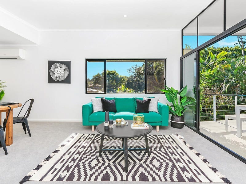 2/120 Central Avenue, Indooroopilly, Qld 4068