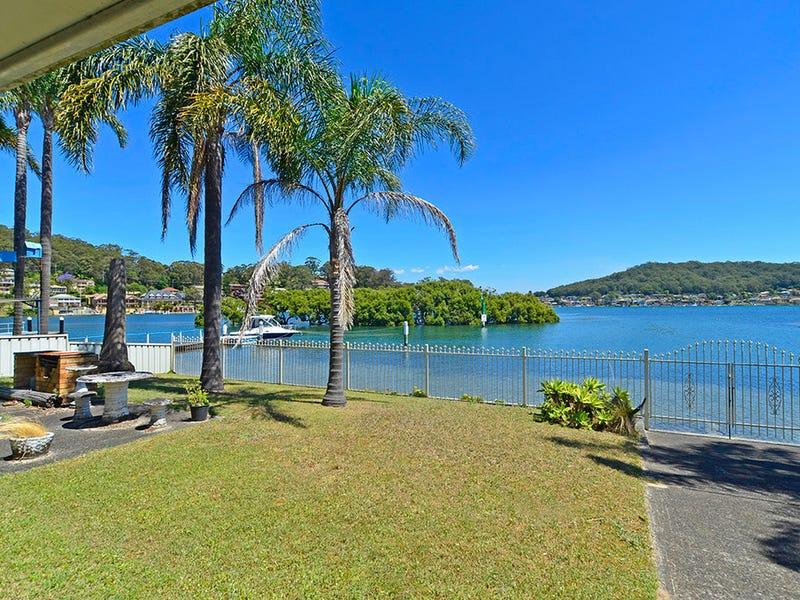14 Helmsman Boulevard, St Huberts Island, NSW 2257