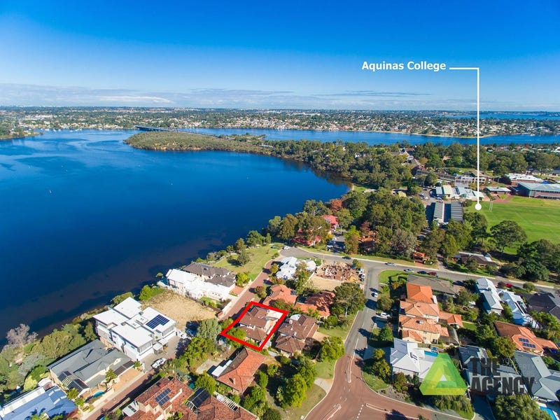 13 River Way, Salter Point