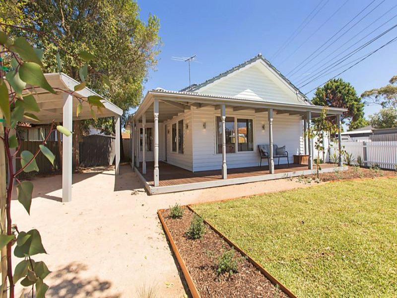 22 Fourth Avenue, Chelsea Heights, Vic 3196