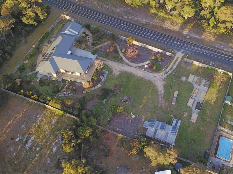 271 St Helens Point Road, Akaroa, Tas 7216