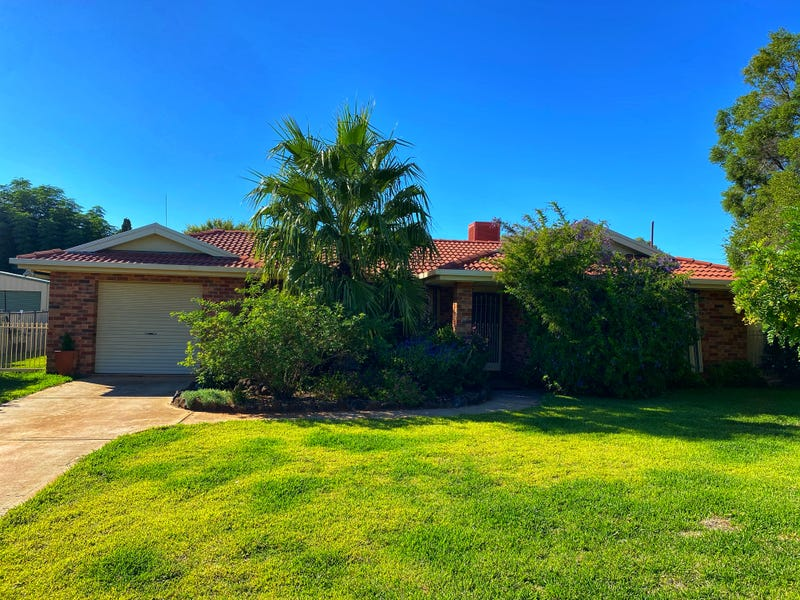 25 Craft Crescent, Condobolin, NSW 2877