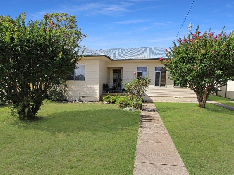 151 Miles Street, Tenterfield, NSW 2372