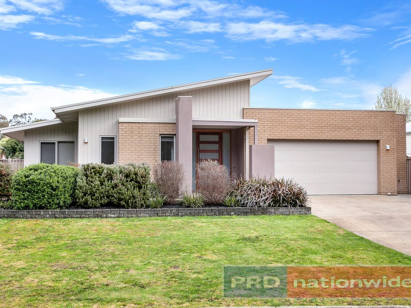98 Hermitage Avenue, Mount Clear, Vic 3350