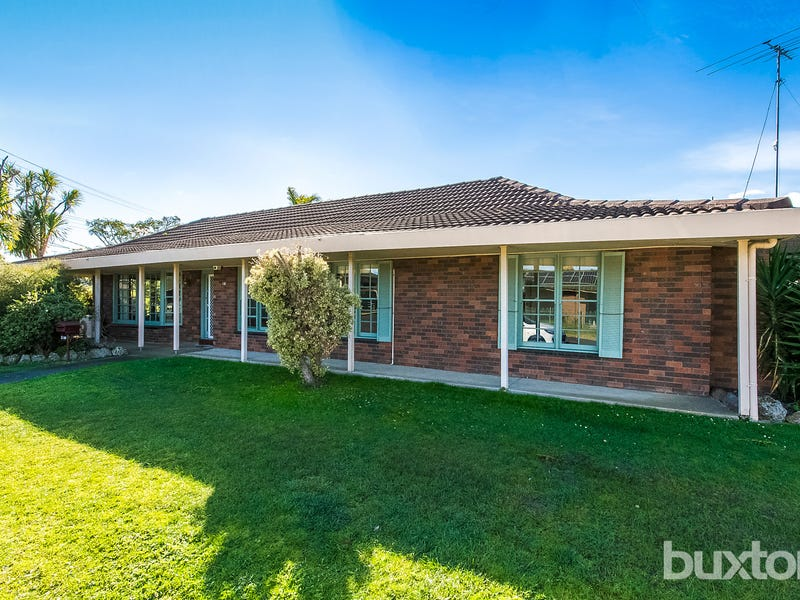 18 Griffith Street, Grovedale, Vic 3216